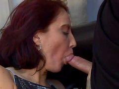 Грубый секс с роговой зрелые рыжая Мелани Мэлоун