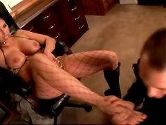 Ролик посмотреть сара джей порно в кружевном белье в офисе